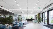 Ecophon lanza su panel acústico Solo Matrix ampliando las posibilidades de diseño
