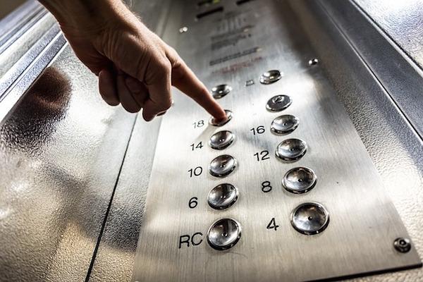 Evita errores, evita la falsa seguridad de sentirte a las puertas del hogar